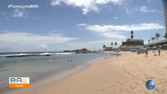 Banhistas falam sobre atual situação do Farol da Barra, em Salvador