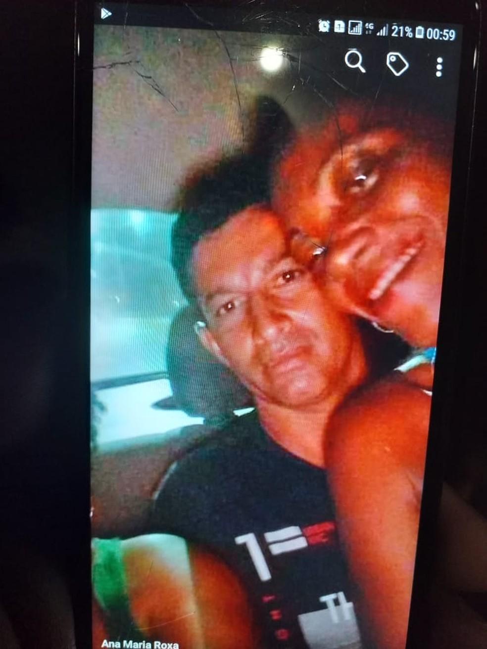 Uelton com a vítima,  Maria Domingas Elias de Anunciação. — Foto: Divulgação