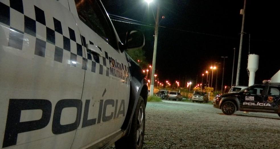Vítimas foram liberadas depois de perseguição policial — Foto: TVCA/Reprodução