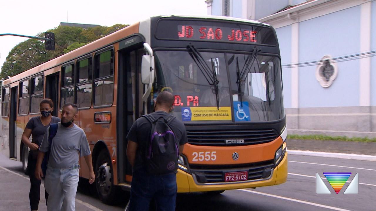 Justiça ordena Prefeitura de São José a oferecer mais ônibus em 12 linhas