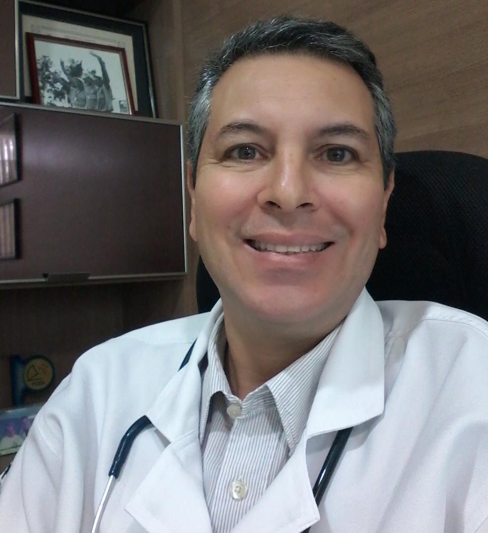 Marcus Strozberg é médico do esporte e diz que o uso de chinelos em corridas de rua não é recomendável (Foto: Arquivo Pessoal)