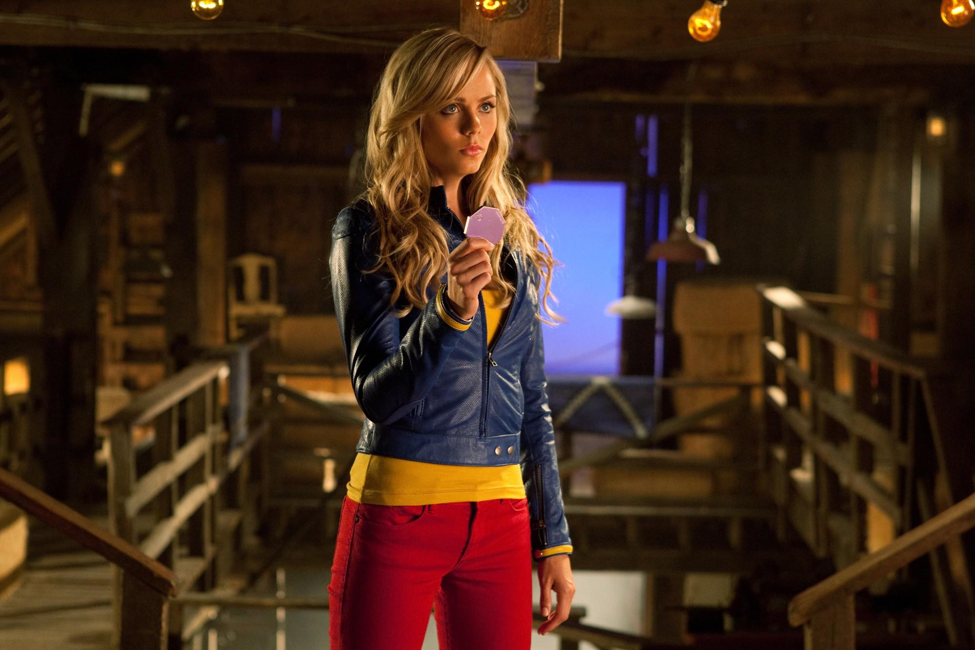 Laura Vandervoot como Supergirl em Smallville (Foto: Divulgação)
