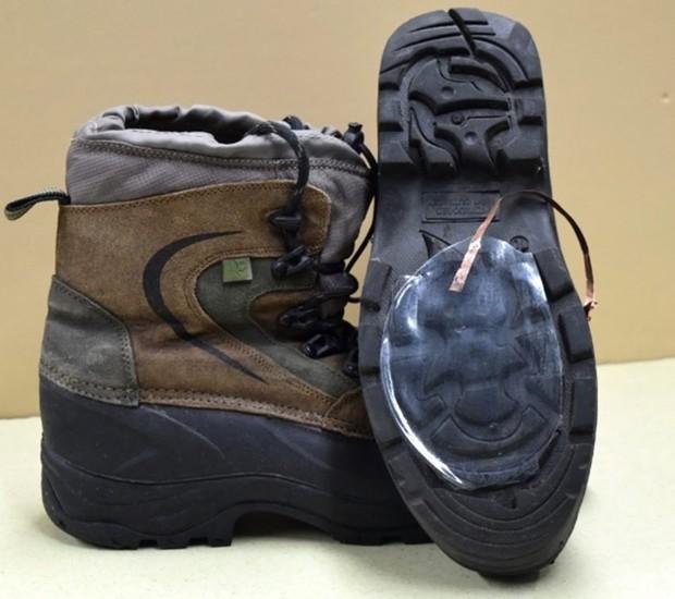 O aparelho pode ser instalado em calçados esportivos, para gerar energia para os atletas (Foto: Dezeen/ Reprodução)