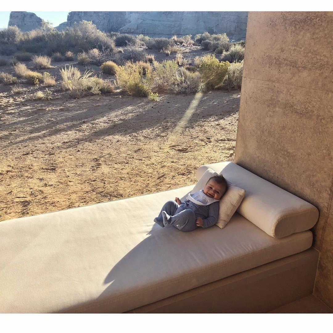 Filho de Candice Swanepoel (Foto: Reprodução / Instagram)
