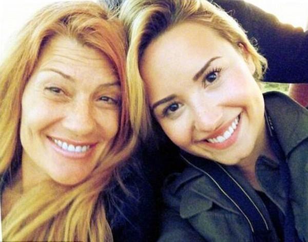 Demi Lovato e Dianna Hart (Foto: Instagram)