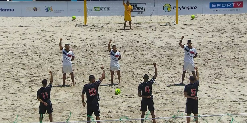 Vasco x Flamengo, futebol de areia — Foto: SporTV