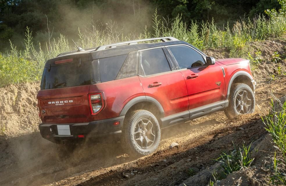 Ford Bronco Sport tem tração 4X4 e opção de pneus off-road — Foto: Divulgação