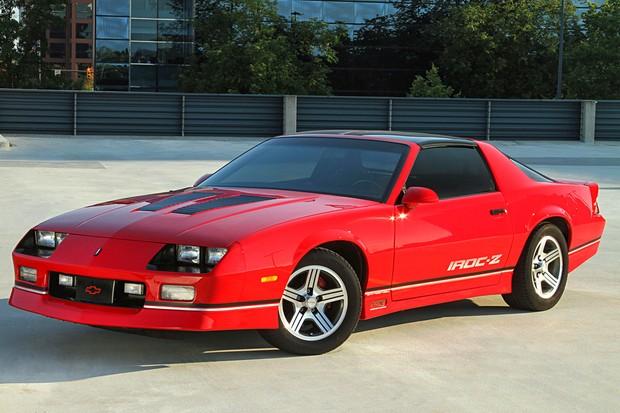 Chevrolet Camaro demoraria só um pouco para chegar oficialmente... em 2010 (Foto: Reprodução)