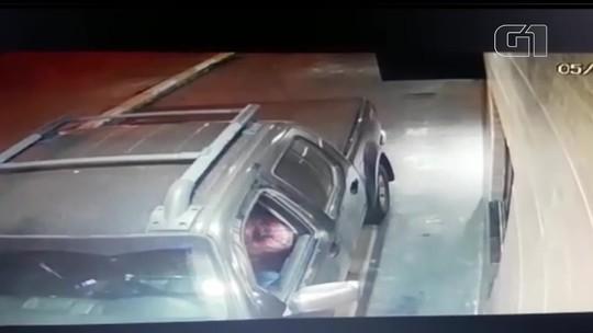 Policial reage a roubo e mata assaltante em drive-thru no Gama, no DF; veja vídeo