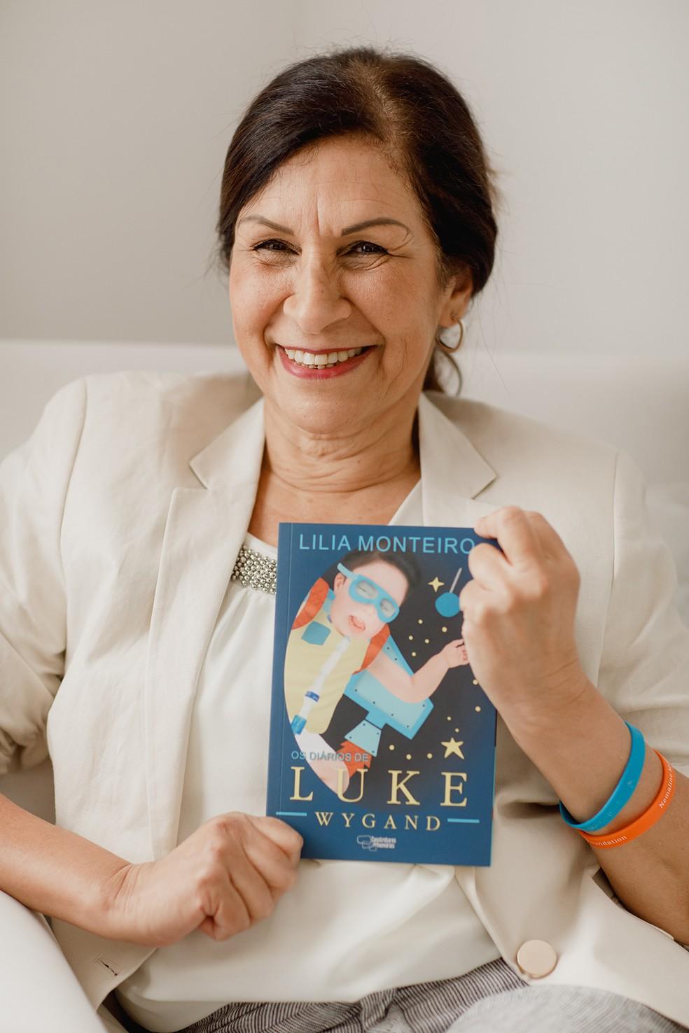 Lilia Monteiro é avó de Luke e autora do livro 'Os diários de Luke Wygand' — Foto: Pamela Passos/ Divulgação