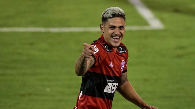 Pedro comemora gol contra o Volta Redonda