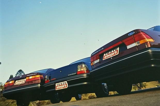 Comparativo Versailles 2.0i Ghia x Monza Classic SE MPFi x Santana 2000i (Foto: Autoesporte)