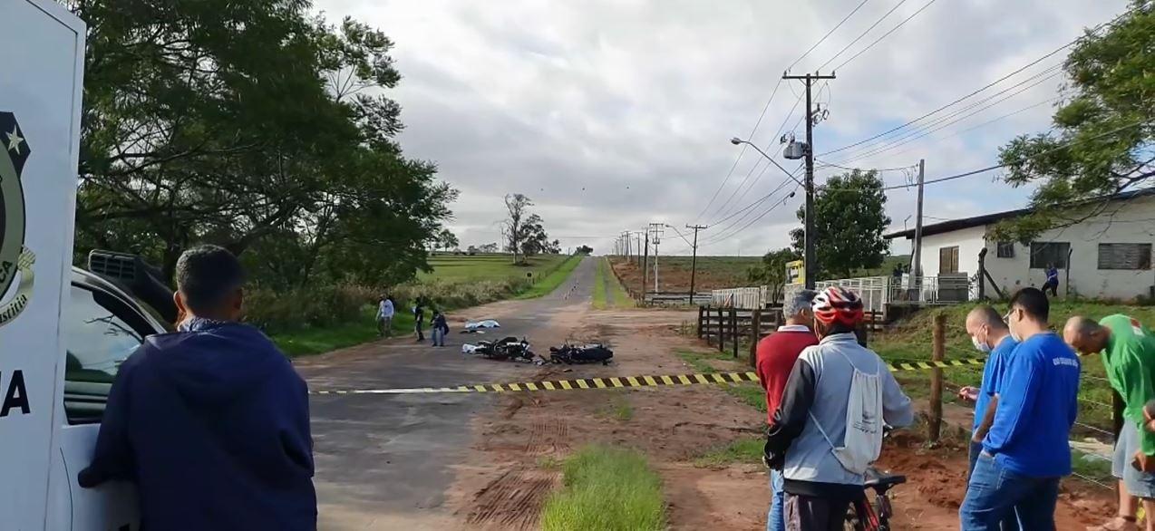 Três pessoas morrem após batida entre duas motos, em Cianorte