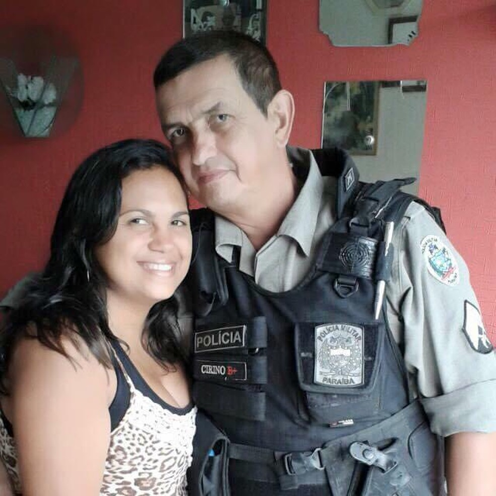 Silvana e o marido Marco, sargento militar reformado que faleceu por Covid-19, na PB — Foto: Silvana Cunha/Arquivo Pessoal