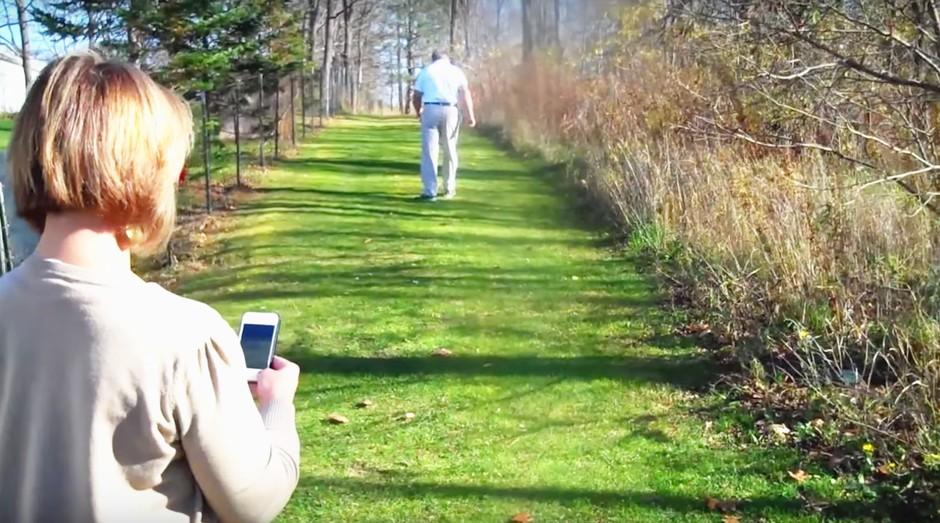 Com o Smart Sole, pessoas com necessidades especiais podem ter sua localização monitorada via app e GPS (Foto: Divulgação/Smart Sole)