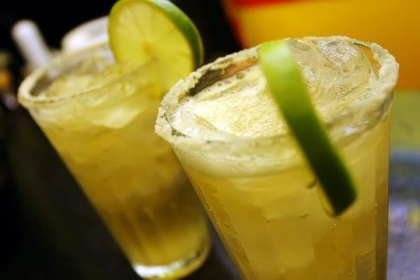 Caipirinha de cerveja (Foto: bebidaebebidas.com.br)