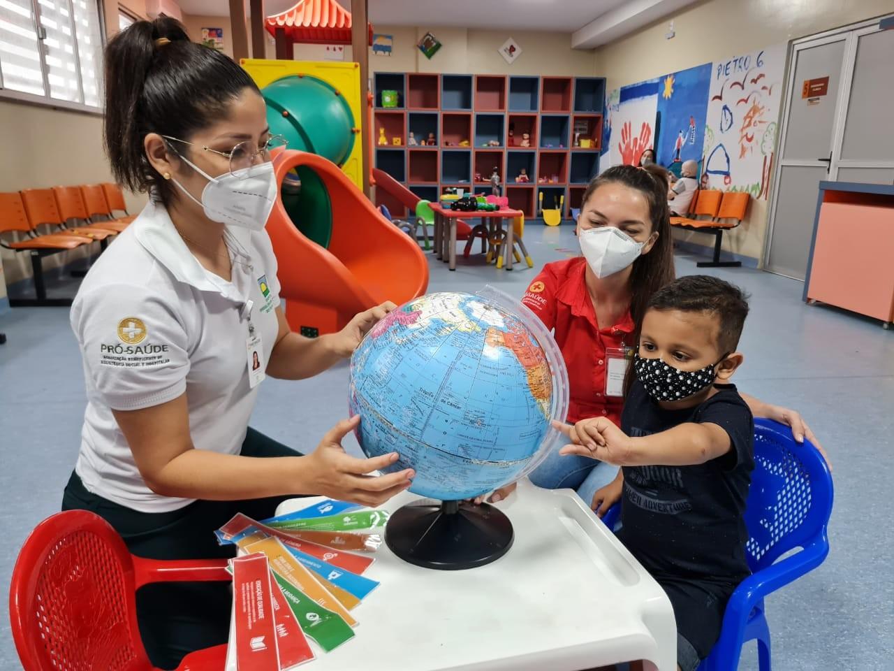 Pacientes do Hospital Oncológico Infantil comemoram o 'Dia Mundial da Terra'