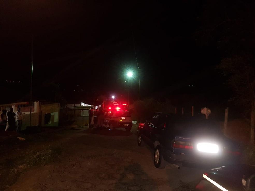 Crime ocorreu na Rua Dom Cavati — Foto: Mídias sociais