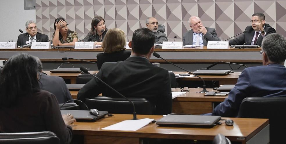 Comissão de Direitos Humanos do Senado aprovou projeto que prevê presos arcarem com custos da detenção — Foto: Waldemir Barreto/Agência Senado