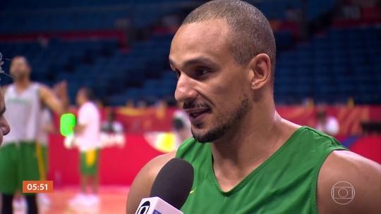 Seleção brasileira de basquete avança para segunda fase de mundial na China