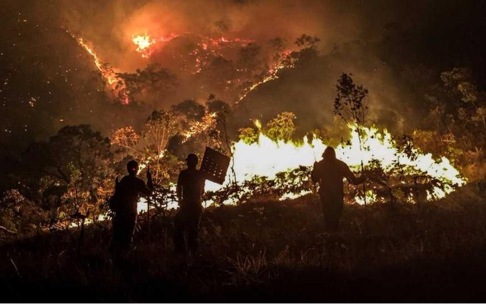 Incêndio atinge Parque Nacional da Chapada dos Veadeiros há nove dias (Foto: Davi Boarato/BBC Brasil)