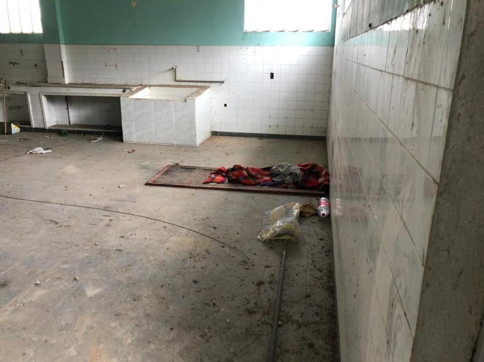 Homem é preso suspeito de tentar matar a ex-companheira com facadas e socos em Paracambi — Foto: Divulgação/Polícia Civil