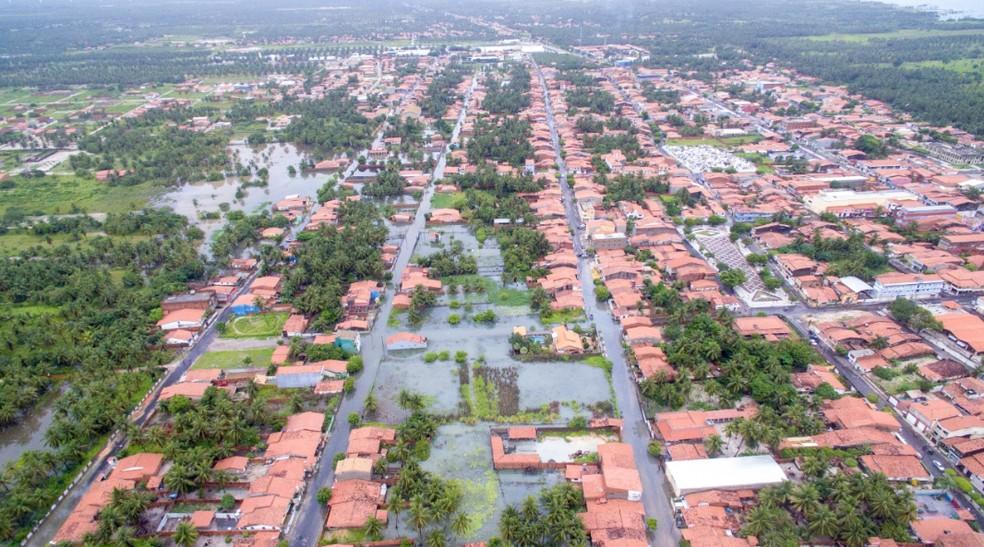 Cidade de Itarema recebe chuva de mais de 200 milímetros. A maior de 2019. — Foto: David Duarte