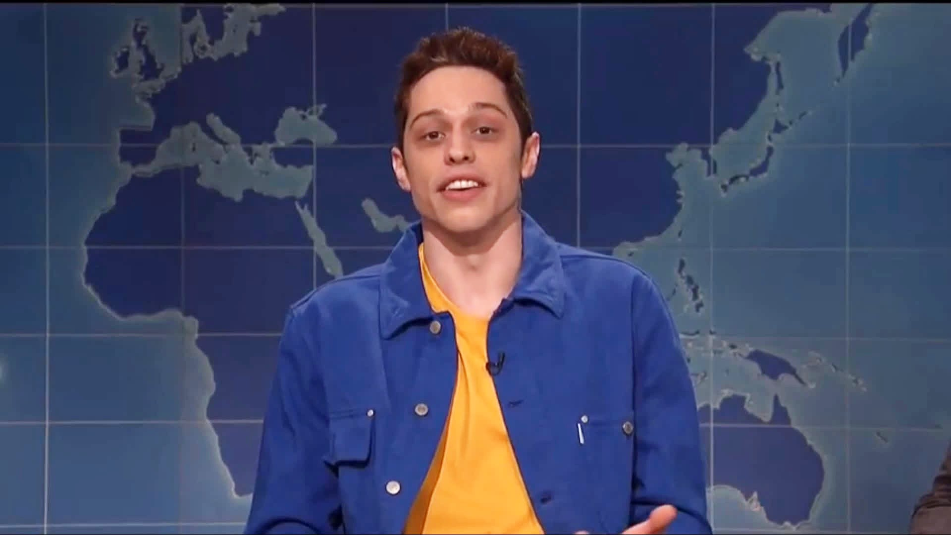 Pete Davidson durante segmento do Saturday Night Live (Foto: Reprodução)