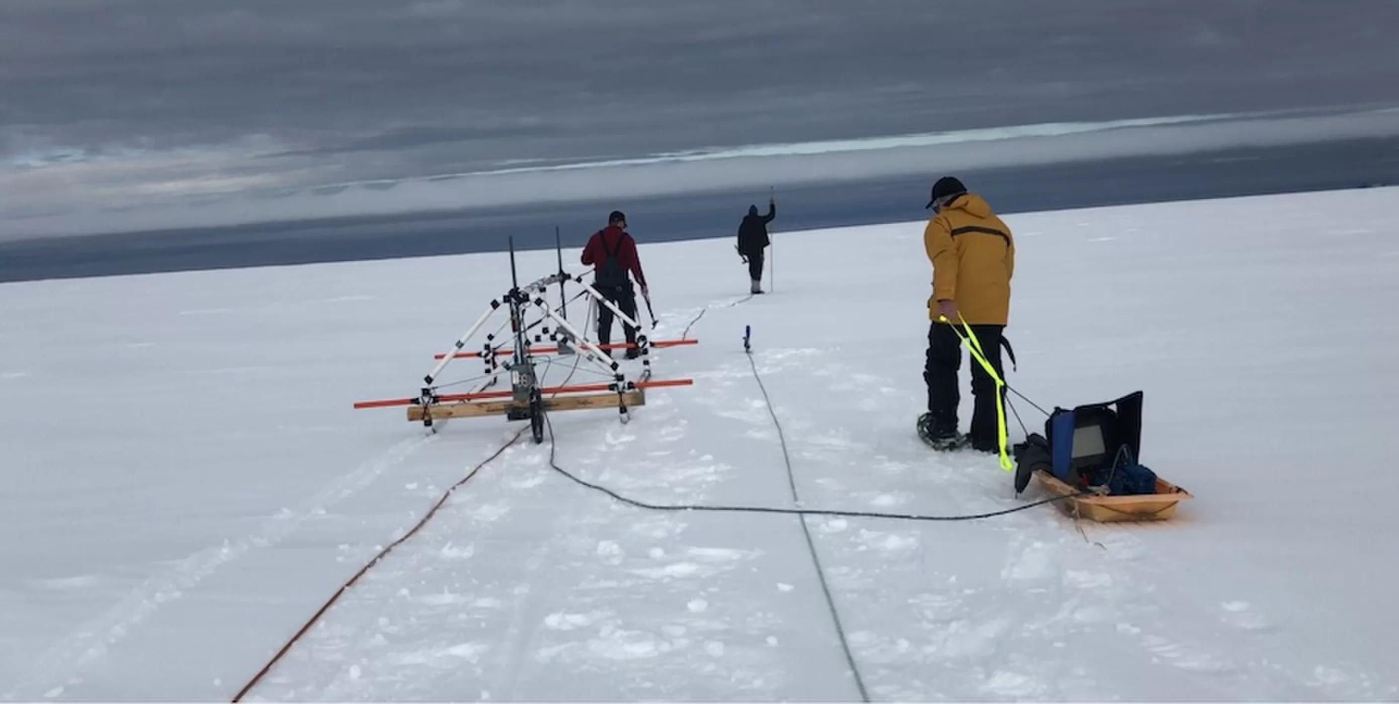 Avião da 2ª Guerra Mundial é encontrado em geleira na Groenlândia
