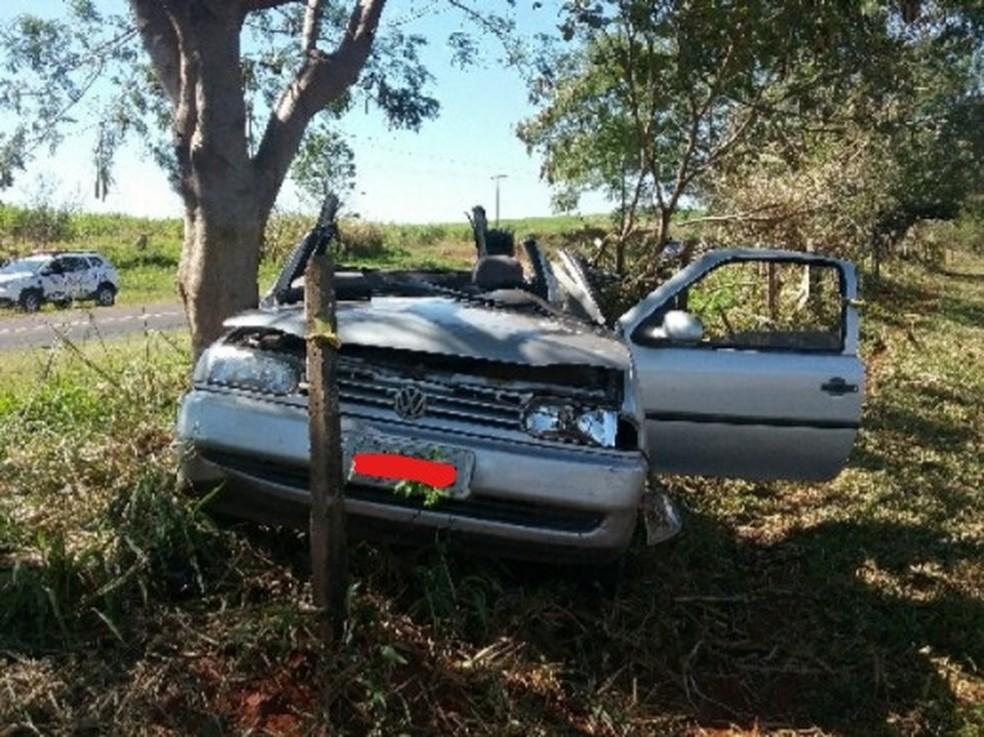 Acidente foi registrado neste domingo (19) em Ouro Verde — Foto: Polícia Rodoviária