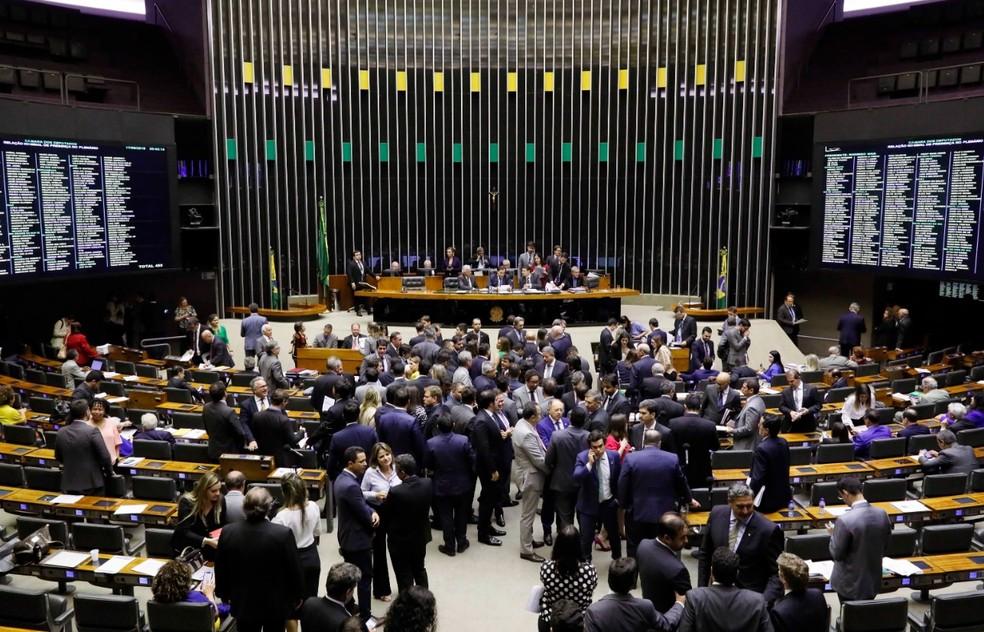 Resultado de imagem para Câmara conclui votação de Nova Lei de Licitações