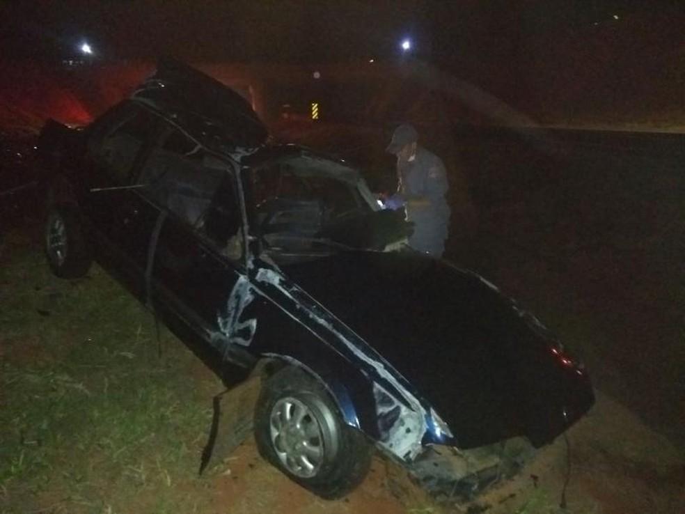 Veículo não conseguiu frear e atingiu vítima no asfalto em rodovia (Foto: Votunews)