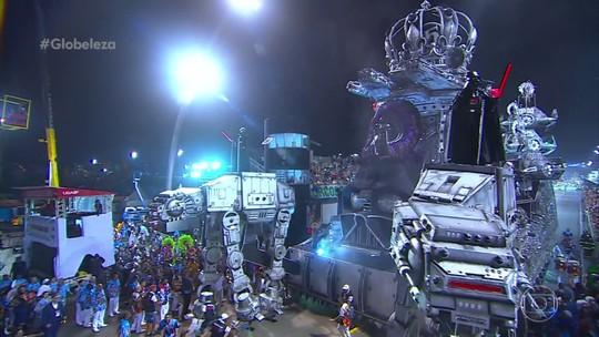Carro gigante de Star Wars da Império de Casa Verde passa no limite do tempo permitido; veja VÍDEO