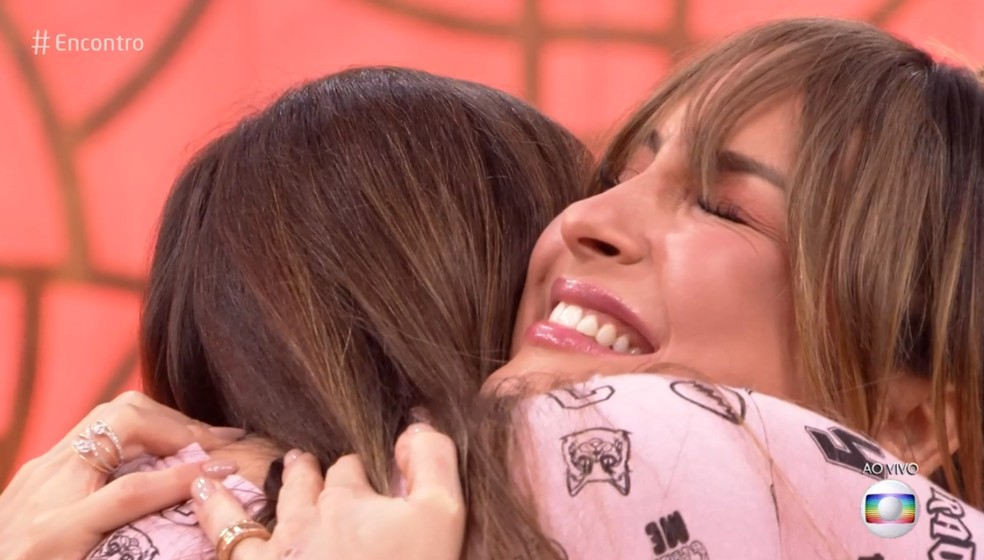 Claudia Leitte reencontrou fã que se recuperou de um câncer — Foto: TV Globo