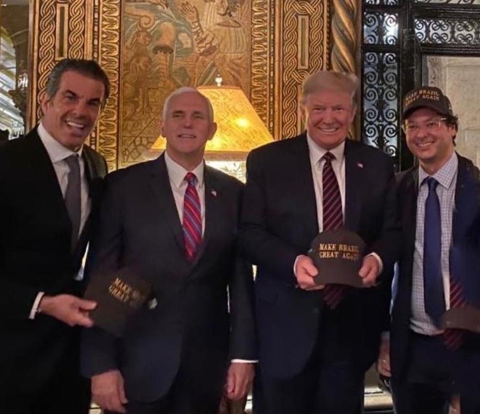 Fabio Wajngarten (na direita) em foto com Donald Trump na visita que Bolsonaro e sua comitiva fizeram à Flórida no último fim de semana — Foto: Redes Sociais