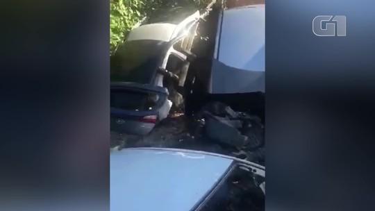 Polícia descobre desmanche com cerca de 100 veículos e prende dois homens em Campos, no RJ