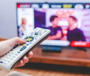 Televisão | Gustavo Azeredo