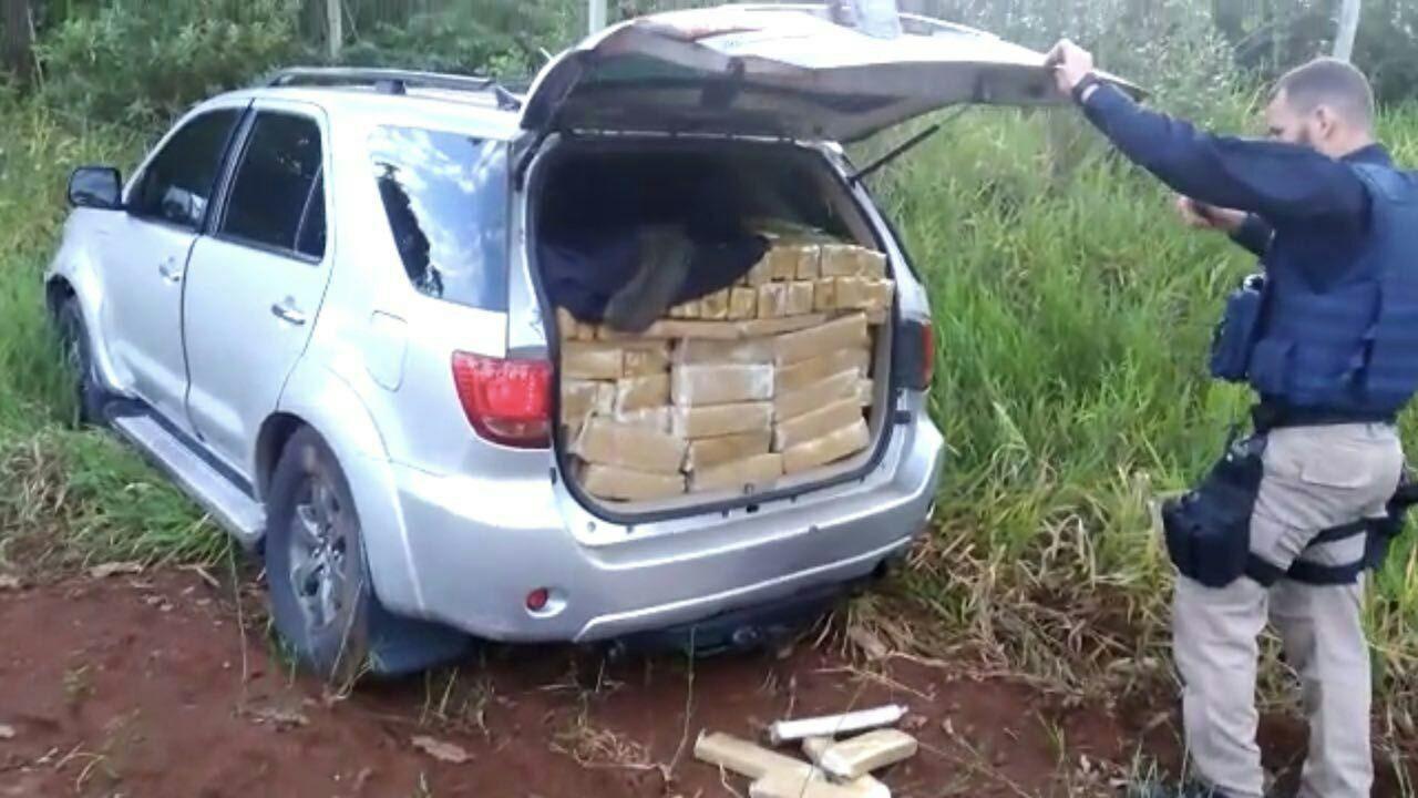 Rapaz é preso em MS com 1,3 t de maconha em caminhonete roubada em Cuiabá