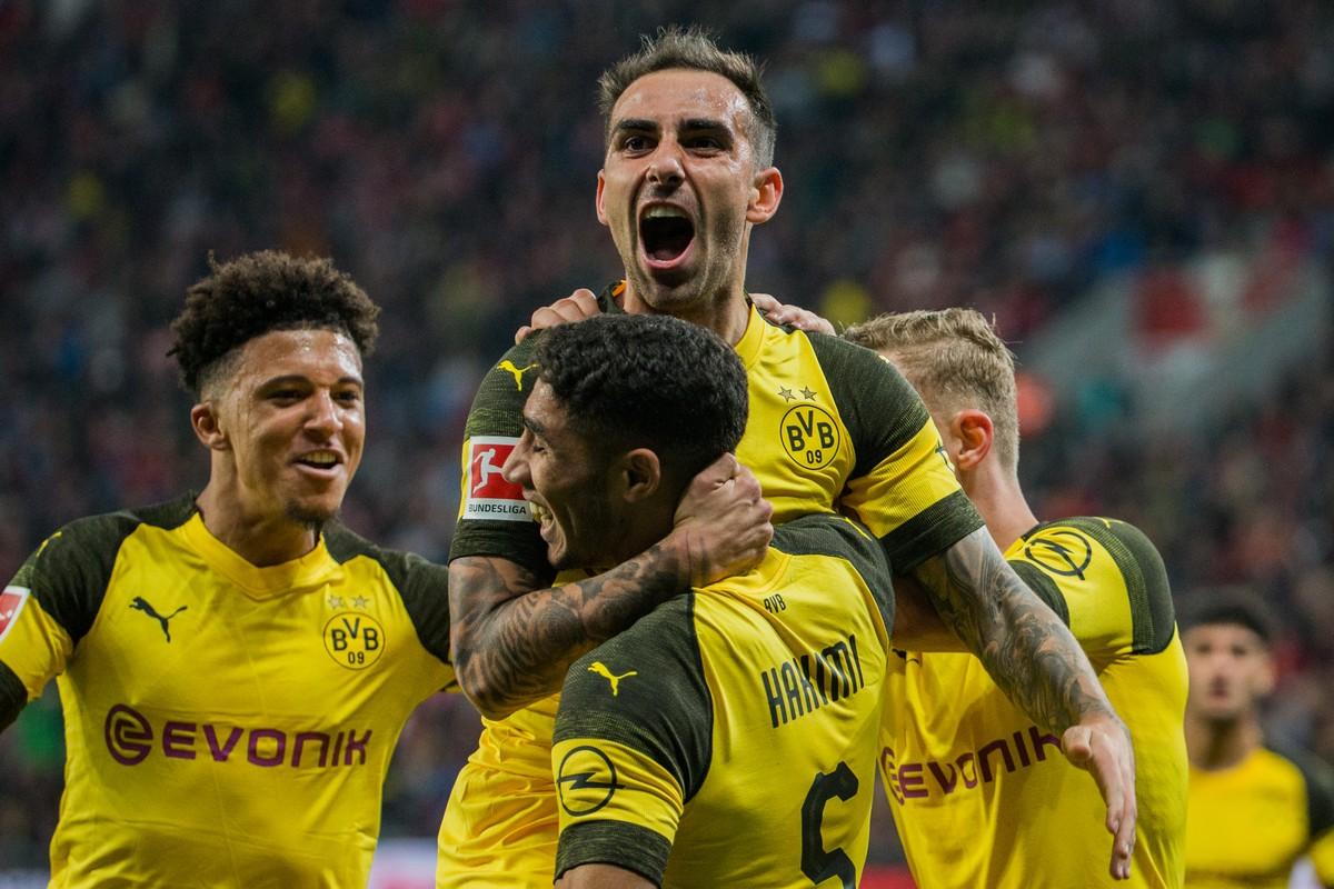 Resultado de imagem para Borussia vence Leverkusen de virada e
