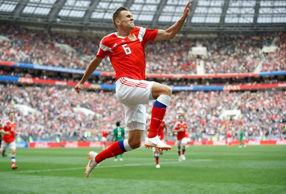 Cheryshev comemora um dos gols da Rússia contra a Arábia Saudita (Foto: Reuters)