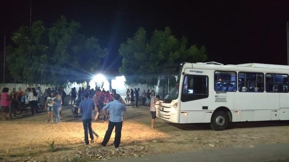 Arrastão aconteceu na noite desta terça-feira (26) em Caraúbas, no Oeste potiguar (Foto: Gidel Morais)