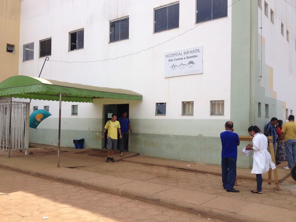 Menina está internada no Hospital Infantil Cosme e Damião em Porto Velho — Foto: Gaia Quiquiô/G1/Arquivo