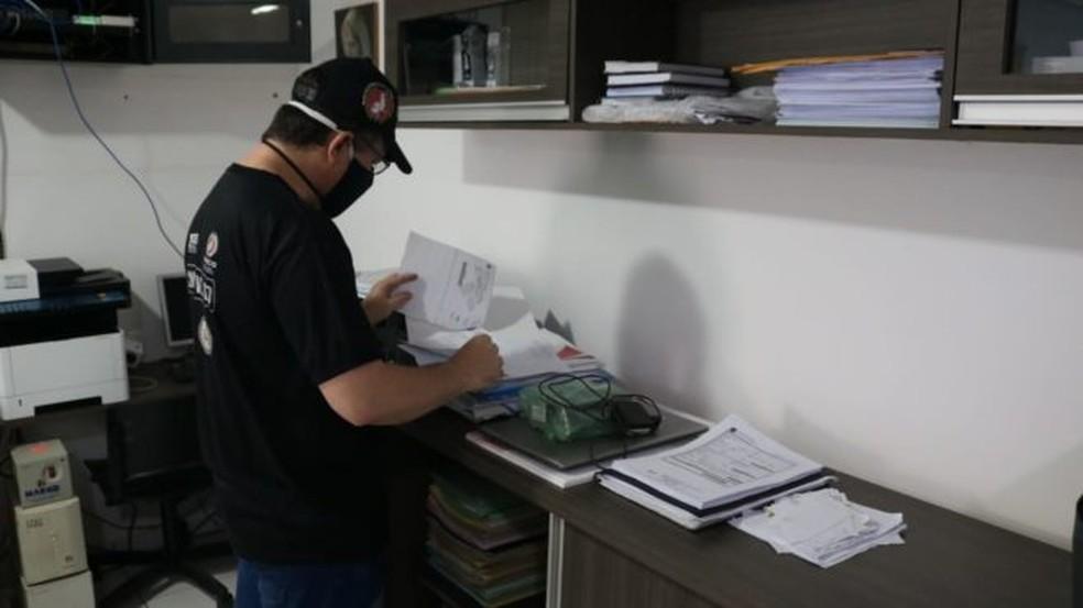 Gaeco cumpre mandados de busca e apreensão em Teresina e Elesbão Veloso — Foto: Reprodução/MPPI