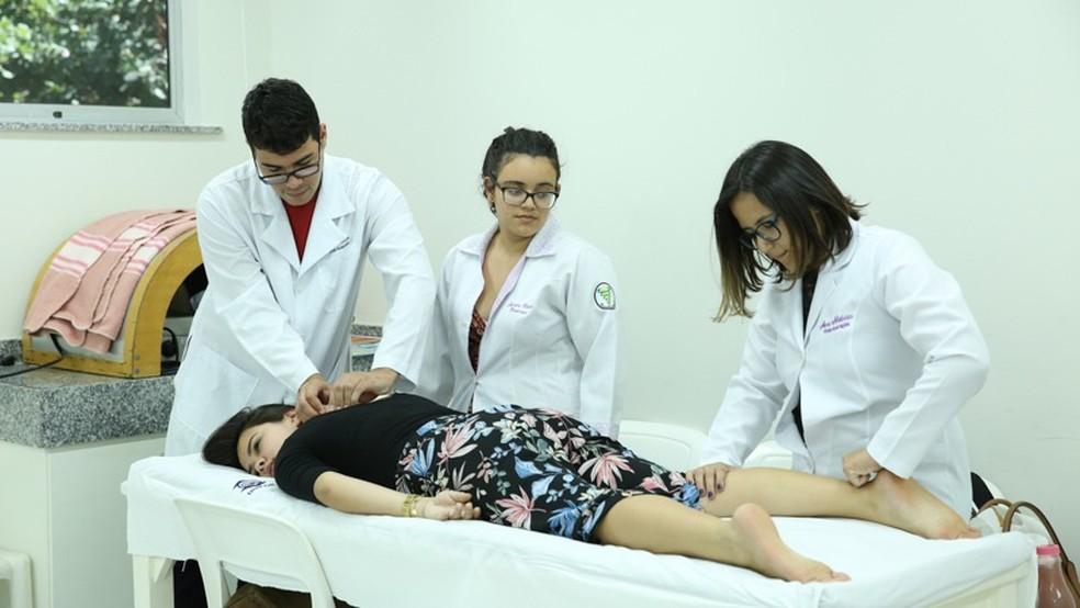 Dores classificadas como crônicas estão entre as principais queixas apresentadas por pacientes. — Foto: Ares Soares