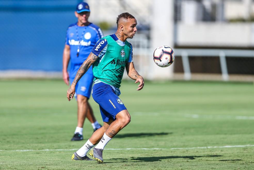 Everton é o grande nome do Grêmio — Foto: Lucas Uebel/Grêmio