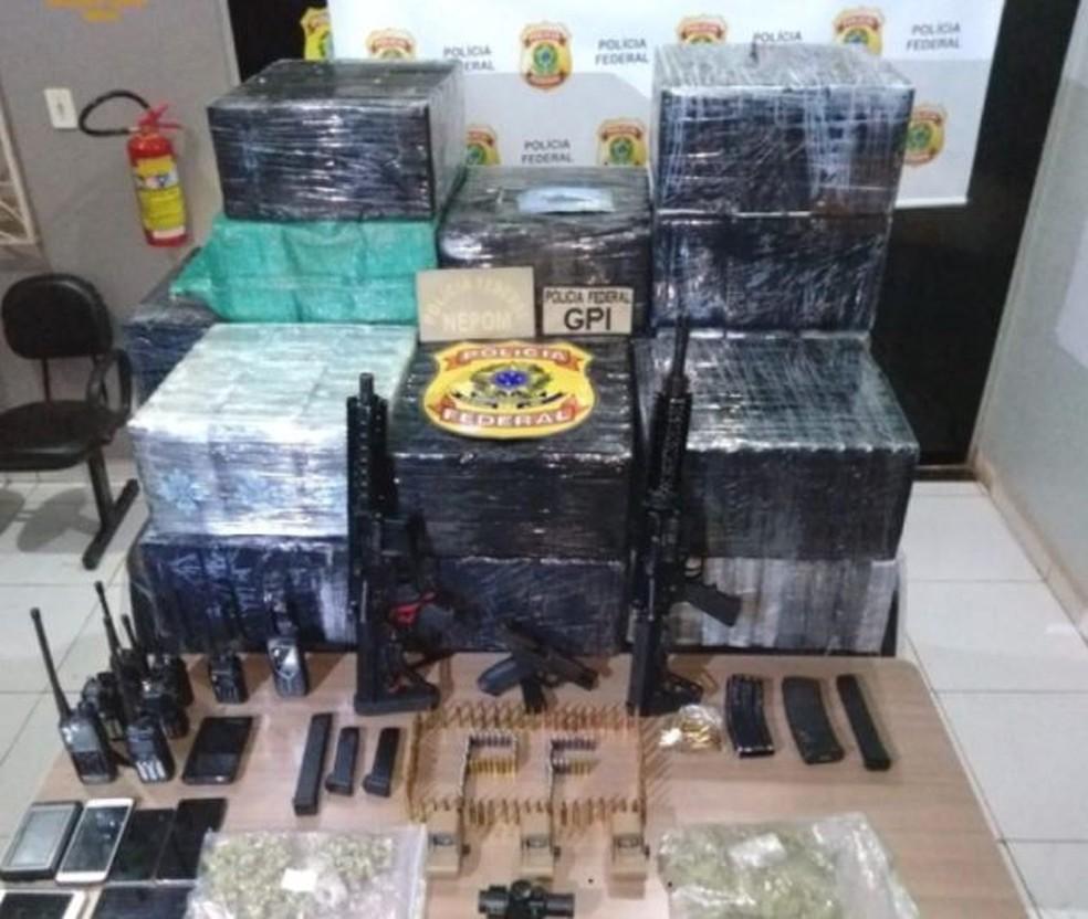 Droga e armas apreendidas em Itaituba (PA) durante a investigação da Polícia Federal de SC — Foto: PF/Divulgação