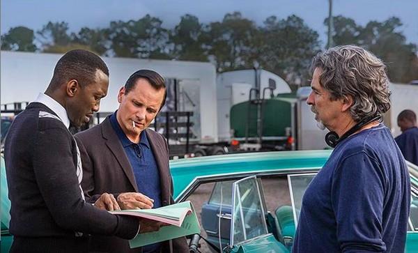 O cineasta Peter Farrelly com os atores Viggo Mortensen e Mahershala Ali nos bastidores de Green Book: O Guia (Foto: Instagram)