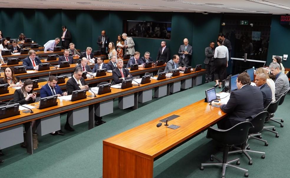 Resultado de imagem para Deputados têm 5 dias para apresentação de emendas para reforma da previdência potiguar