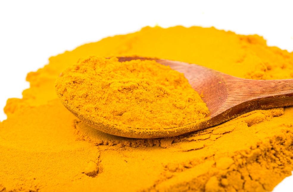 Açafrão é um tipo de especiaria que tem ação antioxidante (Foto: Istock)