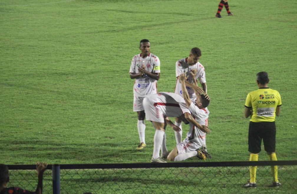 Flamengo-PI x 4 de Julho — Foto: Josiel Martins